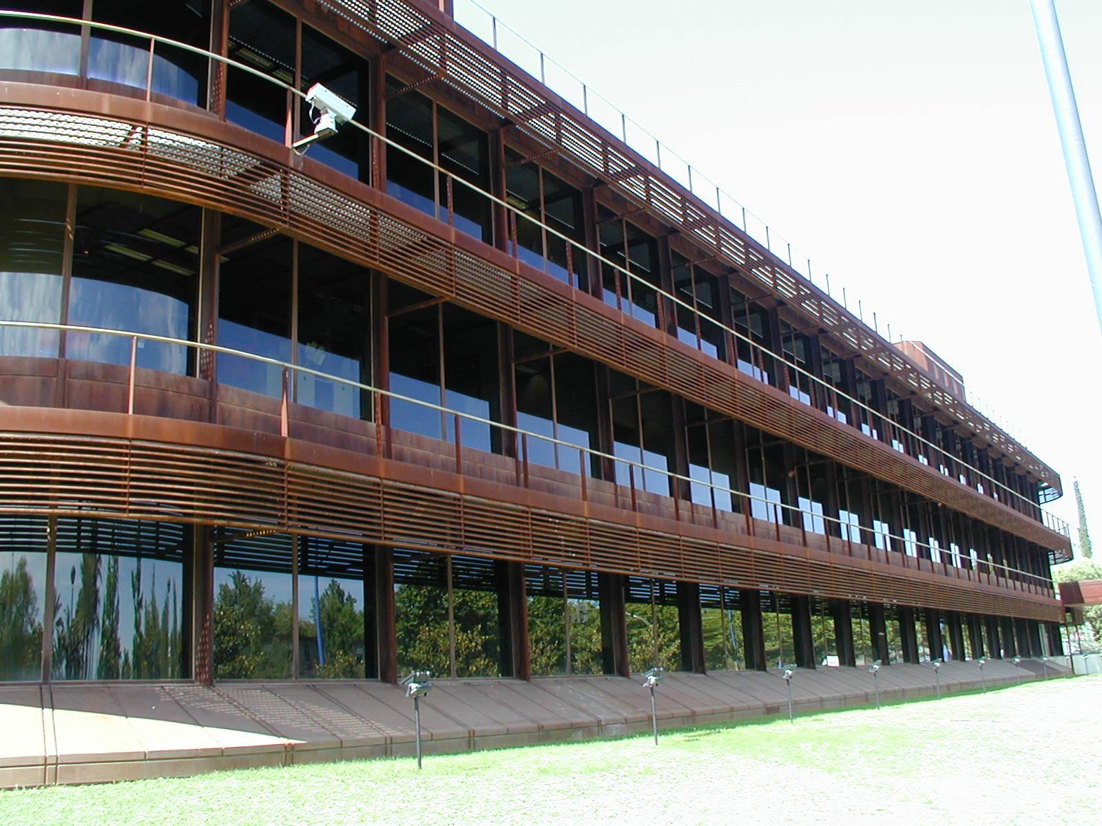 edificio world trade center sevilla cristaleria y aluminios guzman