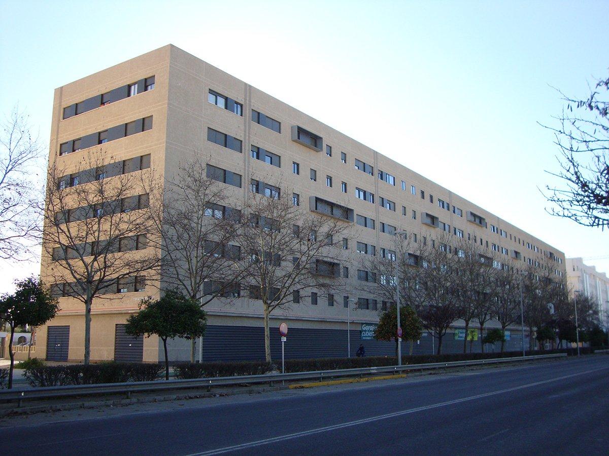 edificio-viviendas-tablada-1-cristaleria-y-aluminios-guzman