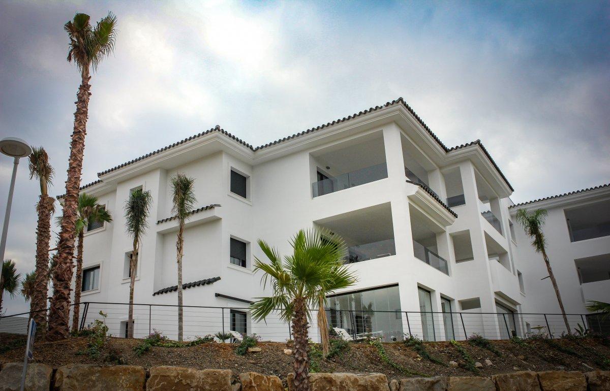 residencial-viviendas-altos-de-estepona-cristaleriay-aluminios-guzman-3