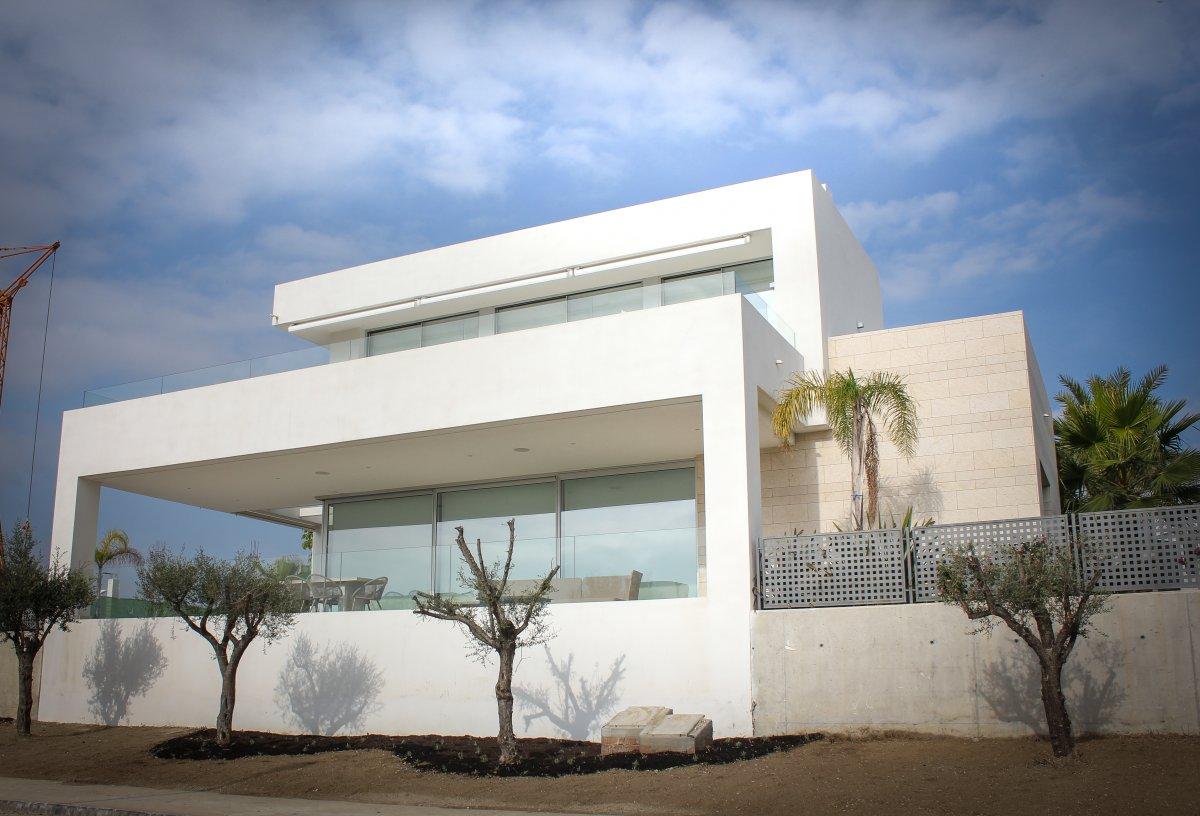 villas-la-finca-marbella-san-jose-cristleria-y-aluminios-guzman-1